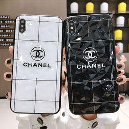 2019 cubiertas de manzana i5 Diseñador al por mayor 2019 nueva caja del teléfono para iPhoneXSMAX XR XS 7/8 7p / 8p Marca de moda Caja del teléfono Popular de lujo cubierta trasera 2 estilo