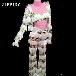 sutiã de lantejoulas branco Desconto Branco Borla Lantejoulas Brilhantes Malha Sutiã Jaqueta Calças Femininas Cantor Dancer Wear 3-Piece Clothes Set Boate Party Desgaste Set
