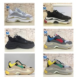 chaussures de tennis de mode bon marché Promotion Balenciaga Triple-S shoes Luxury Brand 17FW Triple s Sneakers pour hommes femmes noir rouge blanc vert rose Casual Papa Chaussures tennis luxe augmenter chaussure