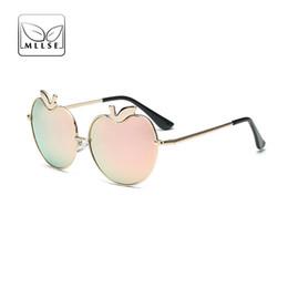 Canada vente en gros nouvelle marque lunettes de soleil femmes lunettes de soleil en forme de pomme amants miroir de haute qualité UV400 élégant usure des yeux des femmes cheap apple shaped glasses Offre