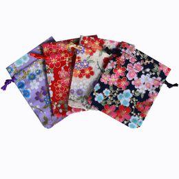 Sacchetti di seta con sacchetti regalo cordoncino 4 colori sacchetto di gioielli in cotone per la borsa della caramella della festa nuziale e sacchetto di immagazzinaggio del mestiere di DIY da