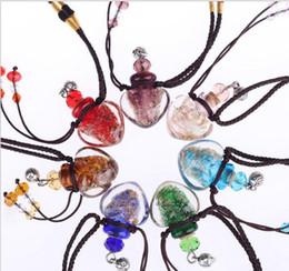 Colar difusor de vidro óleo essencial on-line-Pingente De Vidro quente Aromaterapia Pingente de Colar de Jóias Pingente de Garrafa de Perfume Óleo Essencial Colar Difusor J002