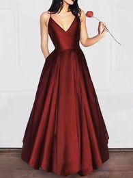2019 Auf Lager Prom Dresses with Pockets Spaghetti Abendkleider mit V-Ausschnitt Zipper Back Trauzeugin-Kleid von Fabrikanten
