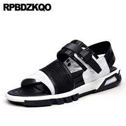sapatos baixos japoneses Desconto Designer Macio Preto Japonês 2018 Sapatilhas Sandálias Dos Homens De Couro Verão Branco de Alta Qualidade Strap Shoes Luxury Sport Casual Flat