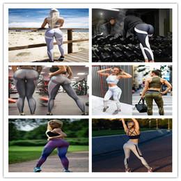 Leggings noirs et blancs en Ligne-Femmes Fitness Yoga Leggings Slim Nid d'abeille Motif Impression Hanche Push Up Gym Pantalon De Bodybuilding Noir Blanc Patchwork Rayures Casual Pant