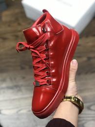 Argentina 2019 Brand Oil Horse Skin Hide Red Black White Casual Shoes para cuero genuino para hombre 16FW Boots Suministro