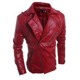 Chaqueta de cuero rojo de la motocicleta de los hombres online-Pop 2019 decente de los hombres de cuero de imitación rojo negro chaqueta de solapa inclinada de la cremallera Slim Fit rompevientos impermeable capa impermeable chaqueta de moto