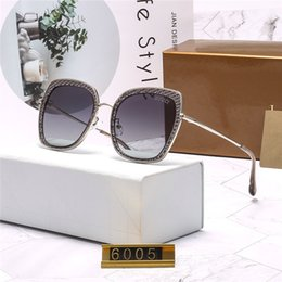2019 sonnenbrille originalverpackung High-End-Luxusmarken für Männer und Frauen Brillen Mode voreingenommen Glanz Brillen Randlose Sonnenbrille Hochwertige Originalverpackung