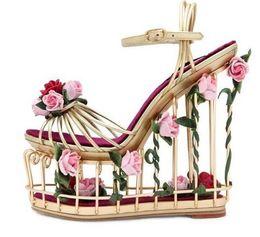 Chaude Été Dames Plateforme Sandale 2018 Or Métal Rayé Cheville Strap Wedge Sandal Découpes Fleur Talons Sandales Chaussures Habillées ? partir de fabricateur