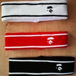 Banda de pelo hombre negro online-Raya Mujeres Y Hombre Banda para el Cabello Rojo Blanco Negro Resistente Ape Head Headwear Suave Simple Moda Popular Diadema 16spD1