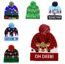 Hüte Hirsch Schneeflocke Strick-Mode-Kappen mit LED-Licht Mädchen Urlaub Partei Zubehör Erwachsene Frauen X'mas häkeln Mützen von Fabrikanten