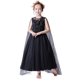 Ropa de pasarela online-Niñas vestido falda de gama alta espectáculo extranjero pasarela cumpleaños cola niña vestido de noche ropa de niños de Navidad trajes