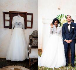 Elegante mangas compridas rendas a linha de vestido de noiva vintage v pescoço tule plus size vestido de noiva com sweeo trem de