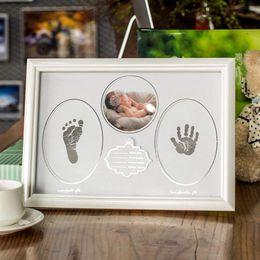 2019 marcos de grabación Marco de fotos de madera Baby Growing Recording Picture Frame Wall Photo Handprint Footprint Ink Pad Photo Holder Decoración de la boda marcos de grabación baratos