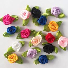vestuário de fita de cetim Desconto 100pcs Handmade Mini cetim Flores para o scrapbook Garment Acessórios da fita de Rosa Artificial flor DIY Wedding Ornament Cartões