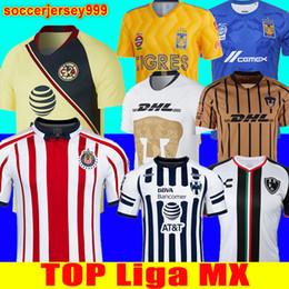 5ed9384cbf5 Tailandia 2018 2019 LIGA MX Club América CHIVAS Guadalajara UNAM TIGRES  UANL camiseta de fútbol Camiseta Club de Cuervos 18 19 camiseta camisas del  club ...