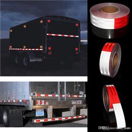 Fita reflexiva branca on-line-Dot Reflective Warning Tape para caminhões alta Vermelho brilhante e Branco Waterproof Fita OOA4844 Segurança Film