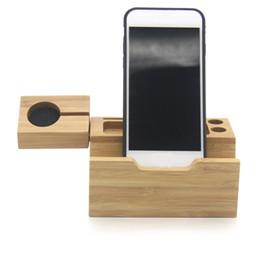 2019 carregador usb multi saída Doca de carregamento de mesa de madeira com vários slots para Apple Watch / Suporte do carregador de telefone para iPhone 7 8 Plus X 3 portas USB Doca do carregador de telefone celular carregador usb multi saída barato