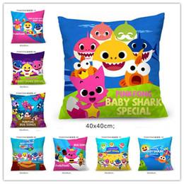 Cuscini di raso online-Baby Shark Cartoon Pillow Case PinkFong Pillow Covers 40 * 40cm Satin Cloth Pillowslip Moda Divano Cuscino Tiro Federa Decori