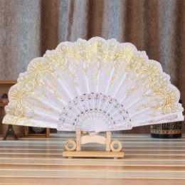 Fan de la moda china online-2018 moda caliente estilo chino / español baile fiesta de bodas de encaje de seda plegable de mano flor ventilador para actuaciones en el escenario # 0613 D19010902