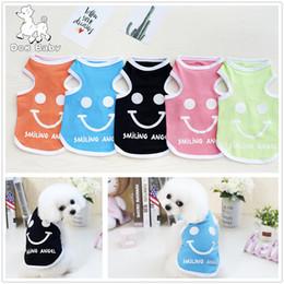 Pequeño enfriador de luz online-Perro para mascotas Chaleco de verano Ropa para perros pequeños Cara impresa Ropa fresca Camisa de color claro para cachorro Chihuahua