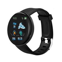 2019 telefoni per anziani Pressione D18 intelligente donne della vigilanza Sangue uomini rotonda Smartwatch impermeabile Sport intelligente inseguitore della vigilanza di fitness per Android Ios