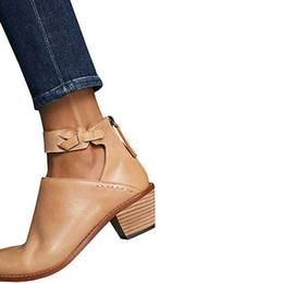 Avvitare l'indumento della caviglia posteriore online-WENYUJH 2019 donne di cuoio Cut Out Booties fibbia cinturino posteriore della chiusura lampo del punto Stivaletti Casual Scarpe Donna Calzado mujer