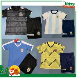 2019 maglie uruguay kids boy kit 2019 Argentina Messico Colombia maglia da calcio 19 20 Egitto Uruguay MESSI JAMES G.DOS SANTOS H.LOZANO Maglia da calcio maglie uruguay economici