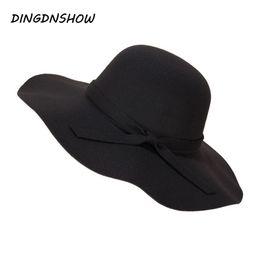 DINGDNSHOW  2018 Fashion Fedora Hat Vintage Wool Soft Women Ladies Floppy  Wide Brim Cloche adulto elegante cappello invernale D19011102 cappelli di  lana di ... b1d82fa38ce2