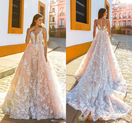 tuffati vestiti da sposa indietro Sconti Champagne Country Wedding Dress senza spalline Sexy Plunging Full Lace Una linea Wedding Abiti da sposa Sheer Back Royal Train BA6738