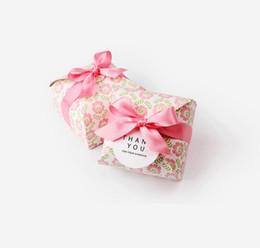 Canada Style coréen Mode Boîte D'emballage Cadeau Fleur Rose Avec boucle Pour Mariage Bonbons Cuisson Biscuit À La Main Savon Papier Emballage Boîtes Offre