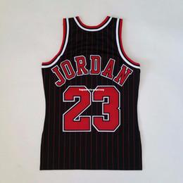 100% cucita Michael # 23 Mitchell Ness gessato 1995-96 Jersey all'ingrosso Mens vest dimensioni XS-6XL cucita maglie pallacanestro Ncaa da