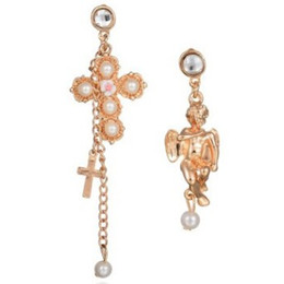 Argentina ASYMMETRIC PEARL CROSS ANGEL GOLDEN WOMEN DANGLED PENDIENTES EXCLUSIVAMENTE GRANDES ALERGIAS ACCESORIOS PARA CLAVOS DE UÑAS LIBRES LADY EAR STUD EARRINGS Suministro