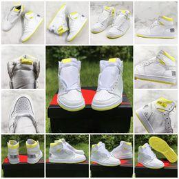 Abbigliamento sportivo nylon da uomo online-Scarpe da basket di prima classe per uomo 1s Codice a barre giallo limone 2019 Nuove scarpe da ginnastica uomo moda sportivo da allenamento