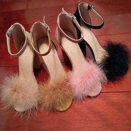 Tacones de piel de conejo online-Nueva moda Una palabra con sandalias de tacón alto Faux Fluffy Rabbit Fur Mujeres Sexy sandalias gruesas Tamaño grande 5-12