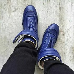aba8389a59241 High Quality Maison Martin Margiela High Top Sneaker Shoes Men s Walking  Flats Shoes