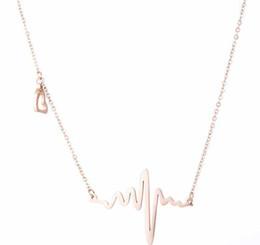 corea 14k de oro Rebajas Moda para mujer estilo coreano 14 K y oro rosa, collar de acero inoxidable, collar de encanto con electrocardiógrafo y etiqueta de corazón