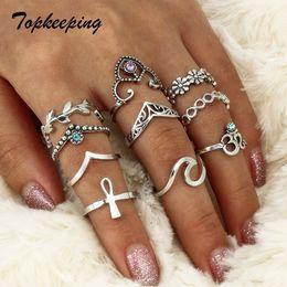 2019 anel de moda em forma de v Punk gótico Retro Oco Design de Cristal Flor Em Forma de V Multicamadas Dedo Conjunta Anéis para As Mulheres Moda Jóias Anel 10 pcs Conjuntos anel de moda em forma de v barato