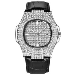 Женева кварцевые часы онлайн-Men Watches  Fashion Casual Ladies Watch Women Quartz Diamond Geneva Lady Bracelet Wrist Watches for Women