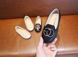exibição de sapatos grátis Desconto 2019 new girl A princesa sapatos primavera preto sapatos casuais da menina Doce Fashion show shoes 2 cores frete grátis