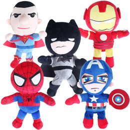 2019 poupées superman Haute Qualité Spiderman Superman Batman Les Avengers En Peluche Poupée Doux Carton Marvel Hero Série Peluches Animaux En Peluche cadeaux Pour Enfants promotion poupées superman