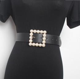 cintos de corset de moda larga Desconto das mulheres pista moda pérola fivela Cummerbunds couro PU mulheres de vestido Espartilhos Cós Cintos decoração cinto largo R1544