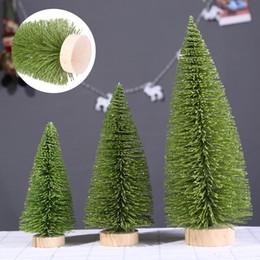 luz verde mini pc Desconto 3D Mini Árvore de Natal Luz Verde Pinheiro Com Base de Madeira 1 pc DIY Mesa de Artesanato Xmas Decoração de Casa Enfeites Pendurados Brinquedos de Presente