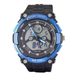 Relojes deportivos de gama alta digital online-Hot high-end multi-función de pantalla dual reloj electrónico luz fría impermeable al aire libre hombres deportes reloj buceo turismo