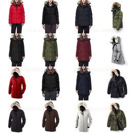 2019 pêlo real parka feminino Real Raccoon Fur Mulheres Winter Jacket estilista para mulheres ganso jaquetas Norte Parka das mulheres Coats trincheira casaco quente Doudoune Femme Homme E40 pêlo real parka feminino barato