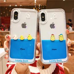 2019 cajas del teléfono del pato Cartoon 3D Swimming Duck Dynamic Liquid glitter Quicksand Funda para iPhone 6 6S 7 8 Plus X XR XS MAX cajas del teléfono rebajas cajas del teléfono del pato