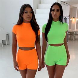 Modèles de couleurs en Ligne-L'Europe et les États-Unis modèles d'explosion 2019 nouvelle couleur fluorescente gilet slim femmes cinq pantalons sport costume d'été