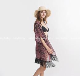 Venta de verano Nuevas flores de anacardo oscuro viajes Equipo de playa protector solar y blusas de bikini colores Cover-Ups nuevo estilo en 2019 desde fabricantes