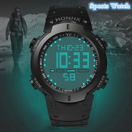 2019 резиновые цифровые спортивные мужские часы Mens Watches Fashion Waterproof Men's Boy LCD Digital Stopwatch Date Rubber Sport Wrist Watch Waterproof Relogio Clock reloj S7 дешево резиновые цифровые спортивные мужские часы