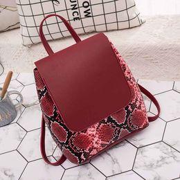 09eb07806d30 Рюкзак мода кожа змея шаблон дамы рюкзак путешествия плечо Посланник мобильный  телефон мягкие женщины 2018DEC15 доступный змеиный рюкзак